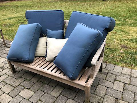 Wood Love seat