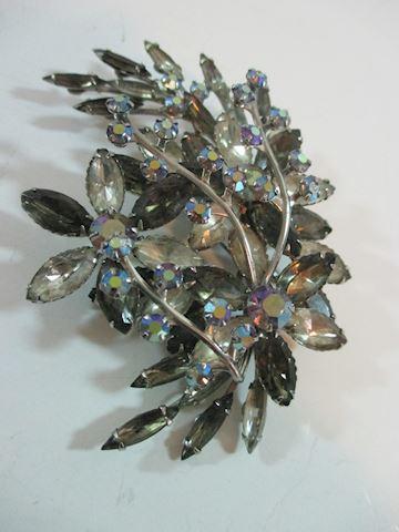 "4"" 1950's Flower Smoke Crystal Rhinestone Brooche"