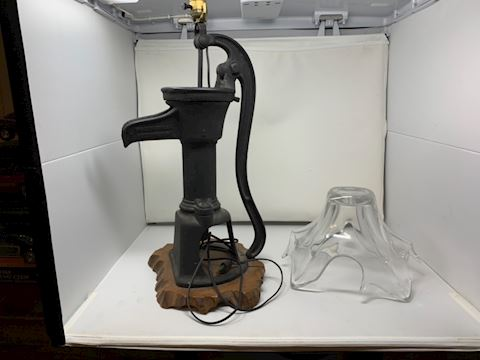 Water pump lamp