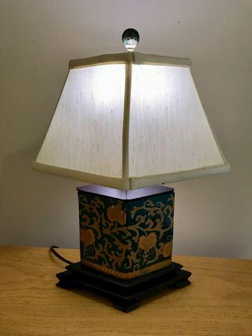 Hand print lamp
