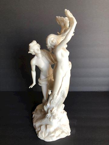 Veronese Design Statue of Apollo and Daphne