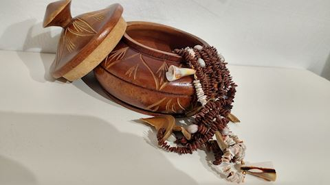 Indian Jewelry Beads Shells Necklace w/ Handmade
