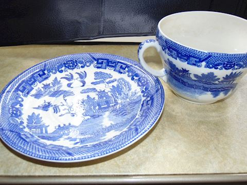 Blue Willow Large Tea Cup and Saucer