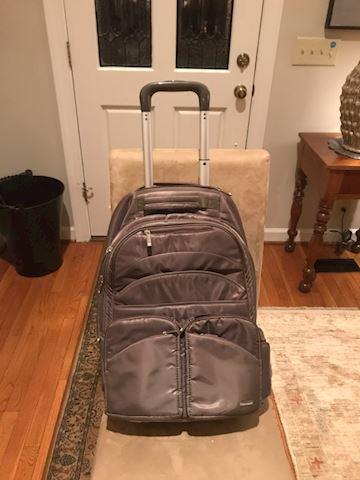 Backpack style luggage