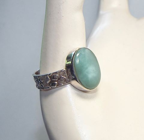 Pale Green Aventurine and Sterling Silver Ring, 9