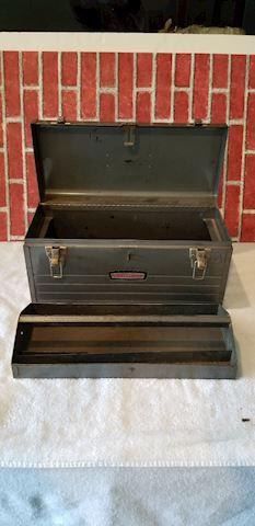 Vintage metal Craftsman tool box