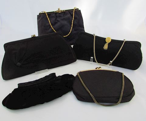 Vintage Purses 4 Black & 1 Blue