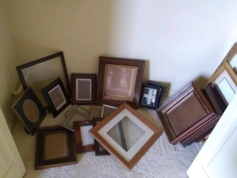 K-1012...Assorted Picture Frames