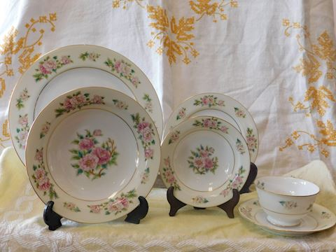 Sango China Made in Occupied 77 piece set