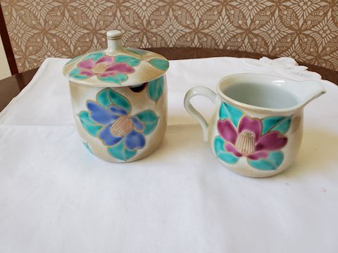 Japanese Sugar and creamer set with lotus flowers