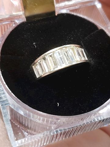 Platinum and VVS Diamonds Color F-G Ring size 6