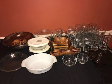 36 piece kitchen lot, glasses, bake ware, bowls