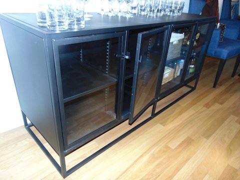 Contemporary Metal Bar