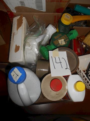 Lot 142 cleaning supplies