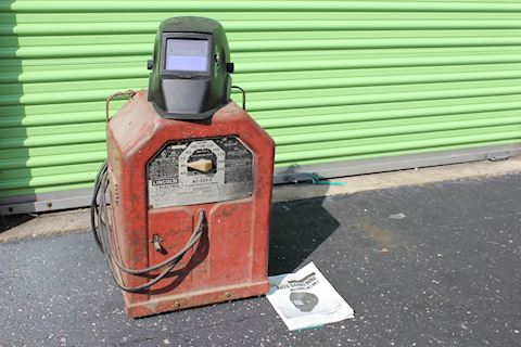 Lincoln Electric Variable Voltage AC Arc Welder