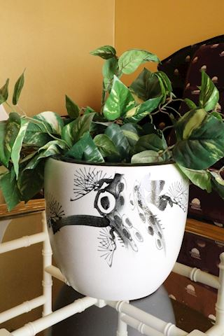 """Oriental 10"""" Pottery Jardinere with Greenery"""