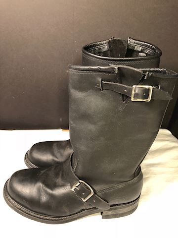 Pre-owned Blk leather biker boots Carolina sz 10