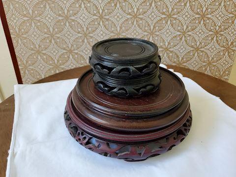 4 wood pedestals
