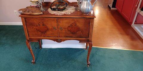 Antique oak Queen Anne sideboard paw feet