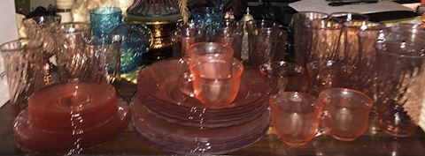 VINTAGE PINK DEPRESSION GLASSWARE SET