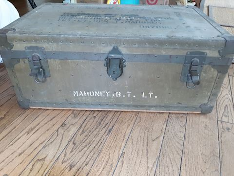 D-157...Military Trunk with removeable tray