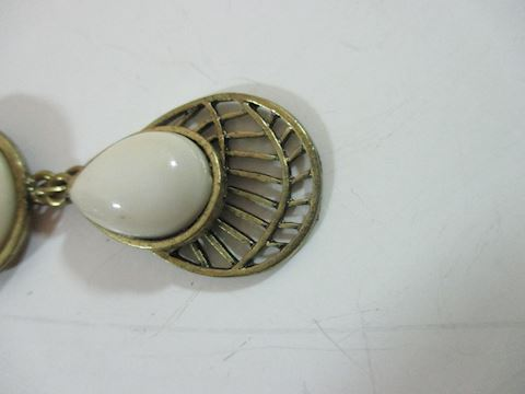 Gorgeous Enamel Wht Runway Droop Choker the 50's