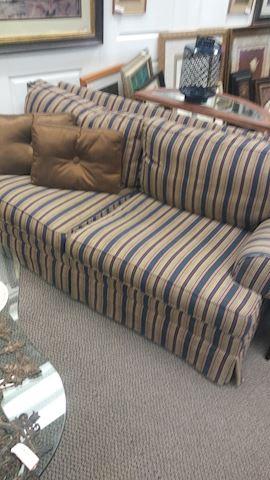 Sofa - #1137