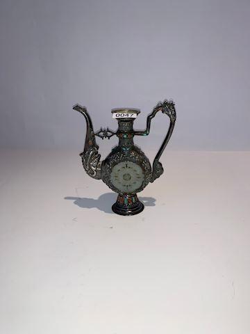 Lot 0047 Antique Mongolian silver wine pot