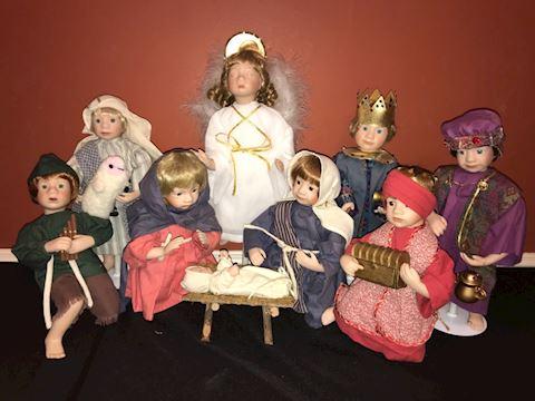 "Ashton Drake doll Nativity set ""O Holy Night"""