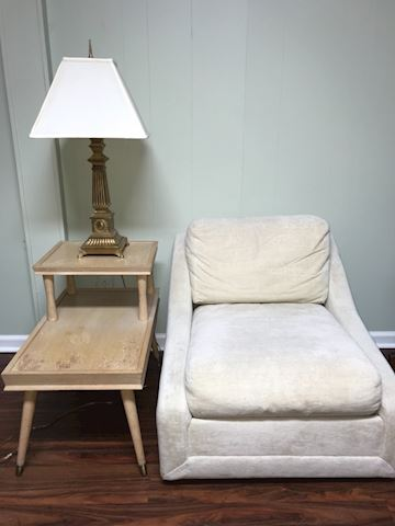 Vintage chair, table and lsmp