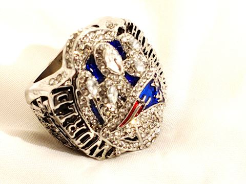 Patriots Football World Champion / Brady MVP Ring