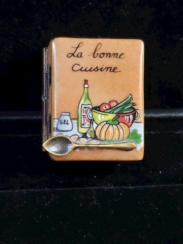 "Genuine Limoges from France ""trinketbox"""