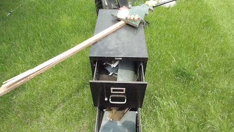 Metal 2/drawer file cabinet  Lot 15