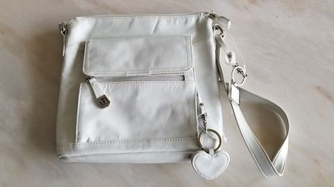 Giani Bernini white leather handbag