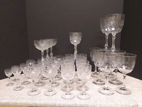 K  106  Various sizes of Waterford Crystal