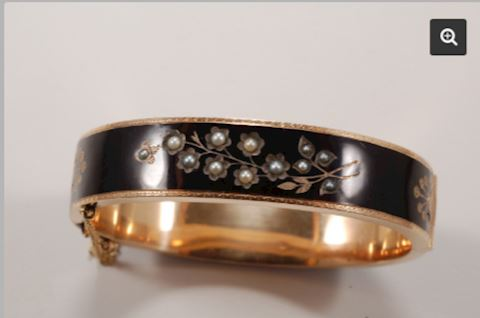 GOLD 14K Bracelet Pearl Black w/ Enamel Bangle
