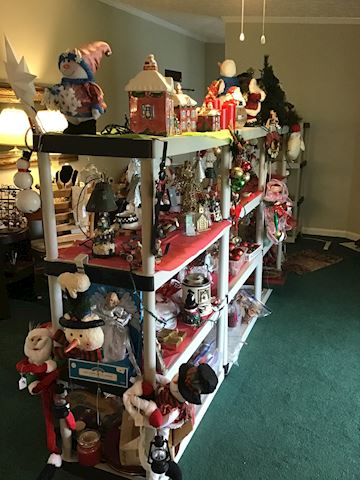 HUGE LOT OF CHRISTMAS DECORATIONS