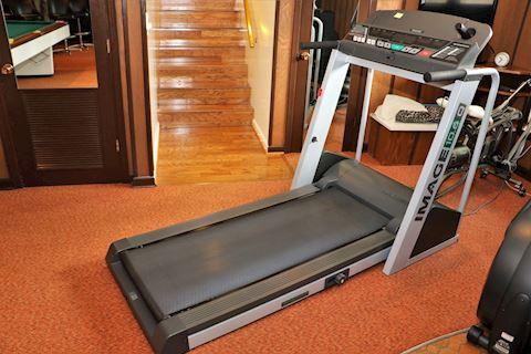 Image 10.6 Q Treadmill