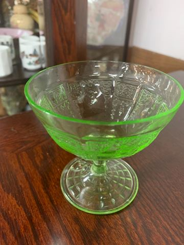 Vaseline/ uranium glass footed custard dish
