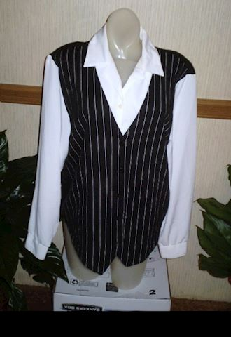 Kathy Daniels Shirt with attached vest Size Medium