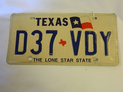 TX Plate with Lone Star Flag Graphics