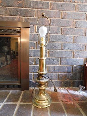 060 Brass Lamp