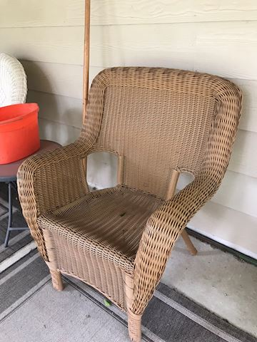 Hampton Bay wicker patio chair