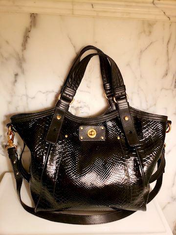 Marc Jacobs Crossbody pebble leather turnlock Bag