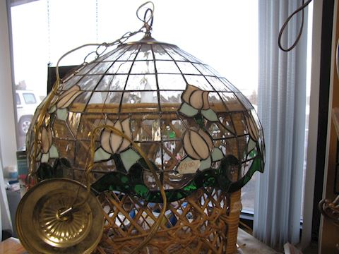 Tiffany Type Hanging Lamp