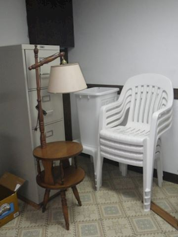 4 Outdoor Chairs, Table and More