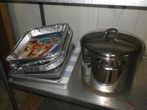10 Qt Stock Pot and Baking Pans
