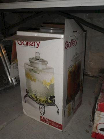 Gallery Chiller (with Stand)- 4.75 Gallon