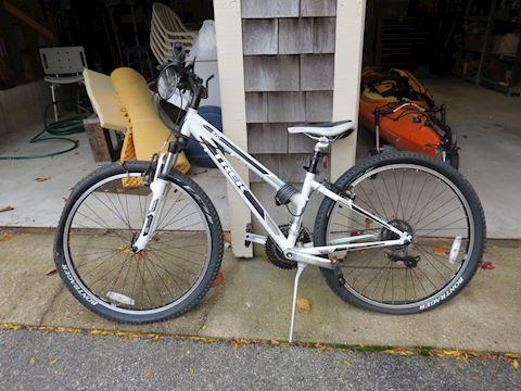 Trek Single Track Series 820 Mountain Bike