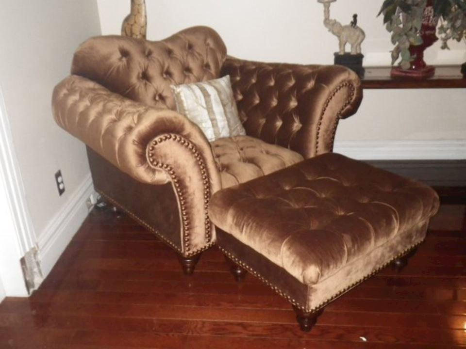Bronze Tufted Chair With Foot Stool Bidding Ends 1 25 51